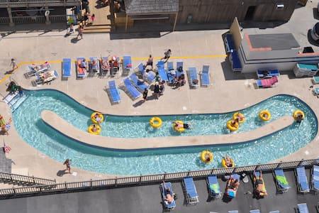 Oceanfront condo/hotel - 1436 - Myrtle Beach