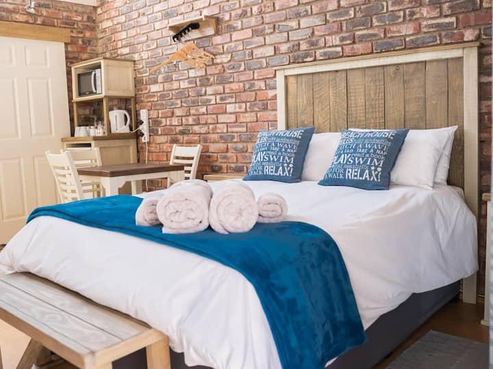 Opstal Guestfarm - Deluxe family room 3 sleeper