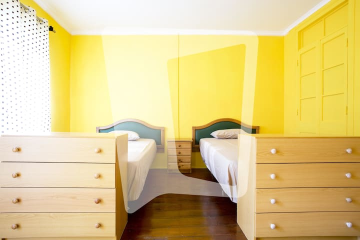 Room with Two Single beds (Rua da Graca) - Lisboa - Departamento