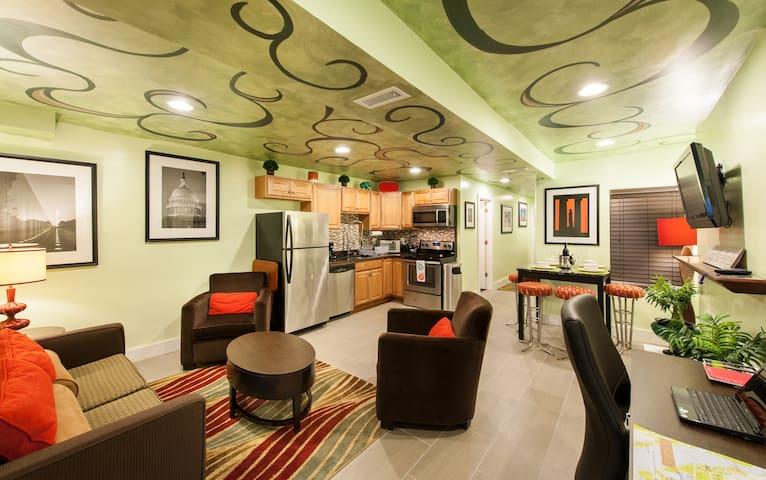 Modern Downtown DC Apartment