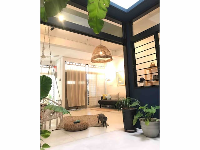Minimal Room for only two at Rimba Jungalow
