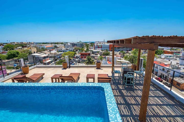 New loft with sky pool in downtown near to beach