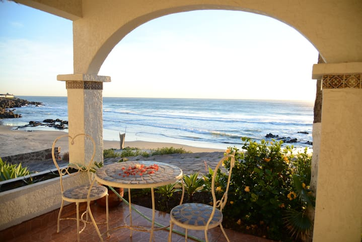 Amazing Ocean Front House- Rosarito