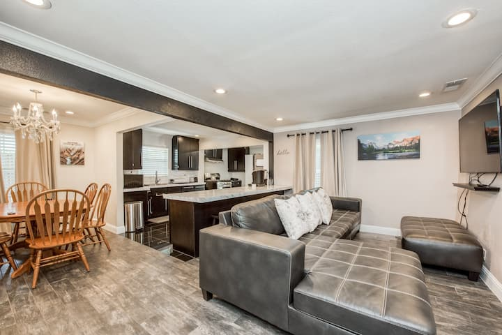 Modern clean and conveniently located Home.