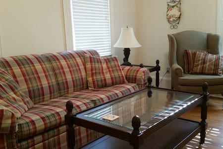 Fantastic Location Near Downtown - Thomasville