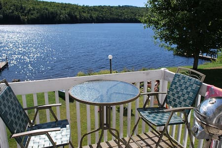 Waterfront Condo close to Skiing - Woodstock - Byt