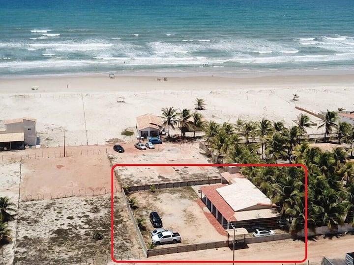 Casa grande na Praia do Abaís a 100m da praia