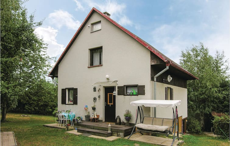 Holiday cottage with 3 bedrooms on 105m² in Cheb