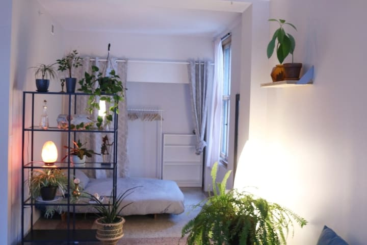 Simple & Private Central Loft, Near Everything.