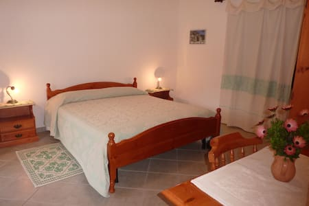 Agriturismo Su Barraccu - Loceri - Bed & Breakfast