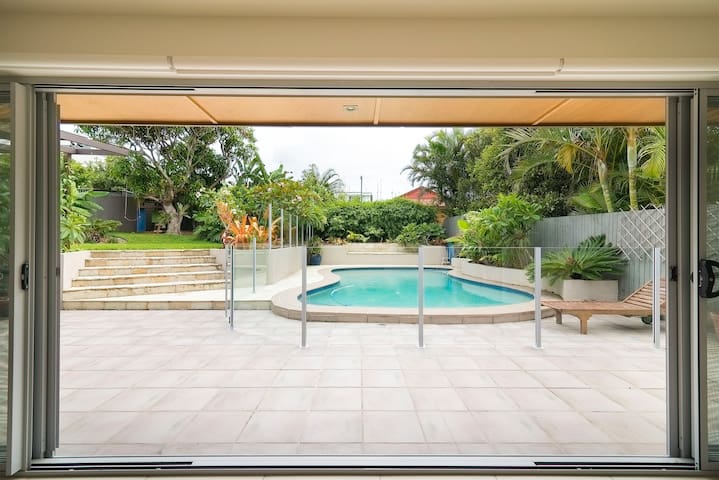 Beachouse Retreat with Relaxed Vibe - Kingscliff - Huis