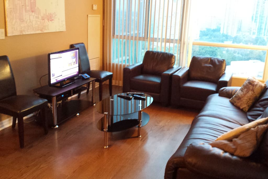2bd amazing condo in ideal location apartments for rent for The perfect kitchen mississauga