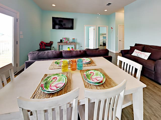 Serve up tasty meals at the 6-person dining table.