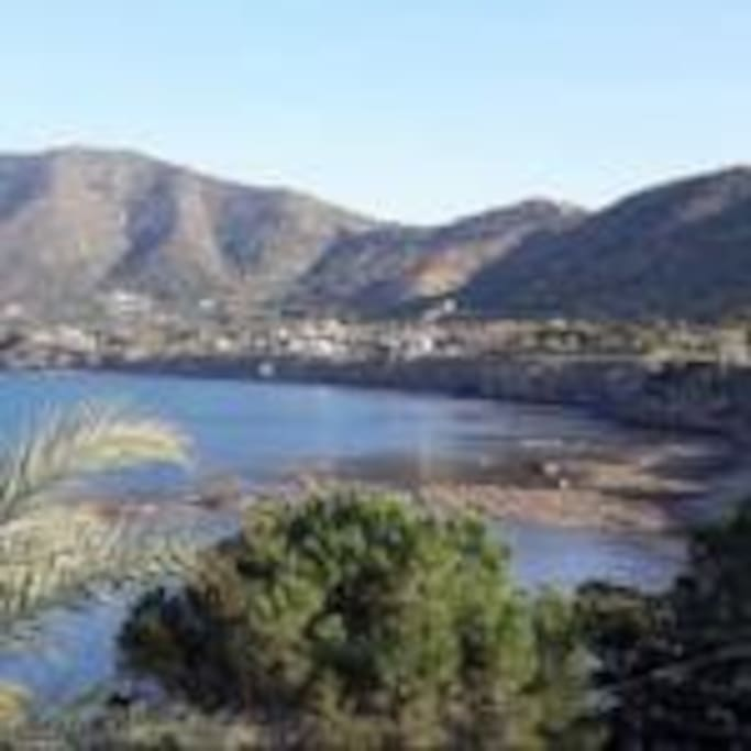 Pomos village
