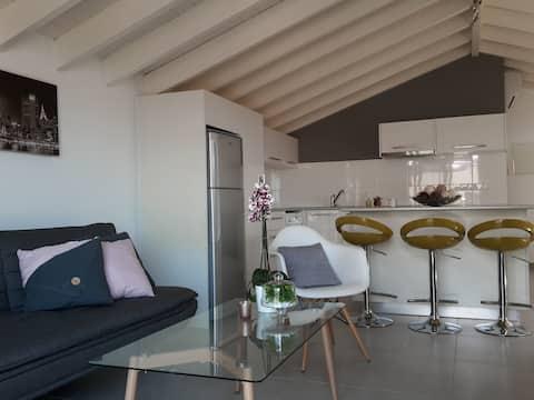Studio flat  with seaview