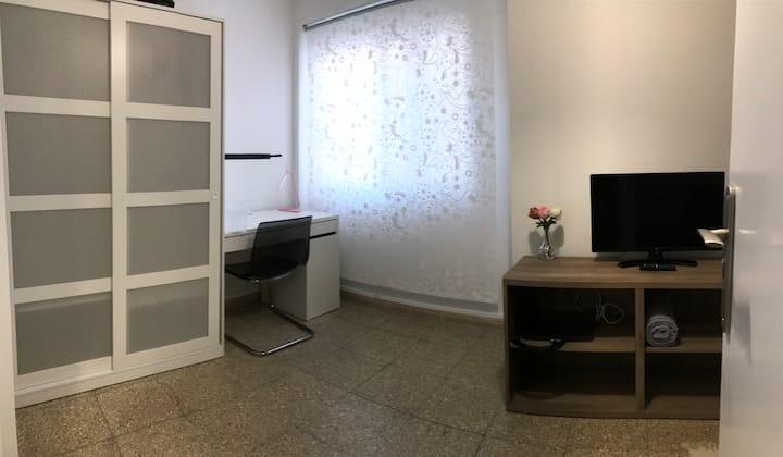 Brand new bedroom 1 in cosy Apartment  Elche Park