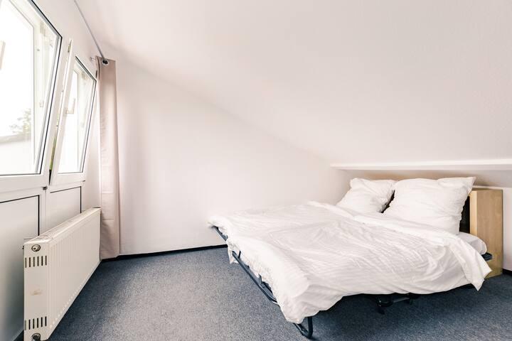 München/Großhadern Privatzimmer Nr1 im Haus