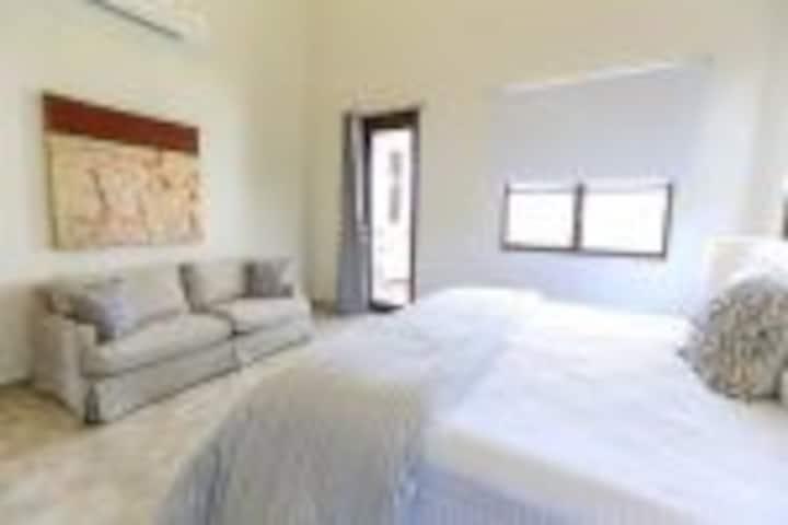 Luxury 3 Bedroom Private Condo at Solarea Beach Resort