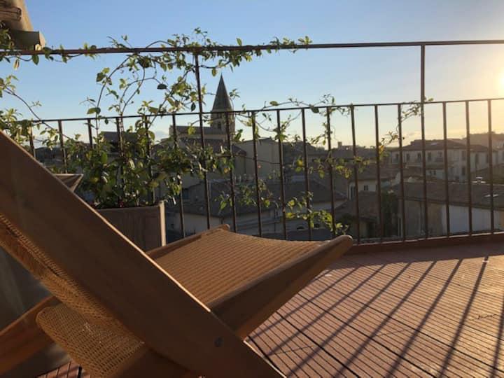 Votre terrasse panoramique privée au cœur de Nîmes