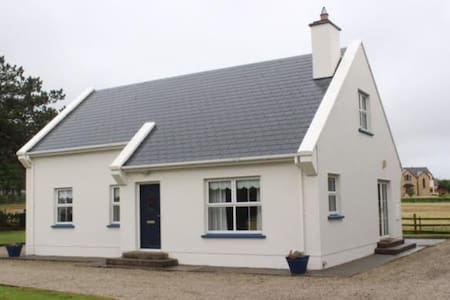4 bedroom house central to all amenities