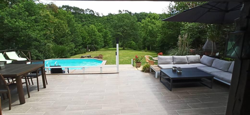 Vrij gelegen, schitterende Villa met privé zwembad