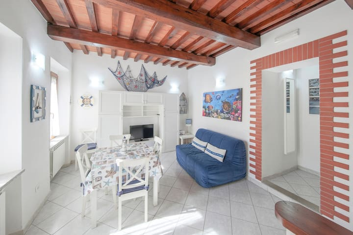 Ideally situated close to the seaside promenade - Apartment Eleonora