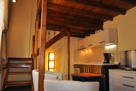 Select City Center Apartments - Cosy Studio - Brasov
