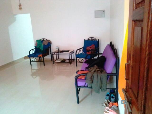 Budget backpackers house Goa morjim