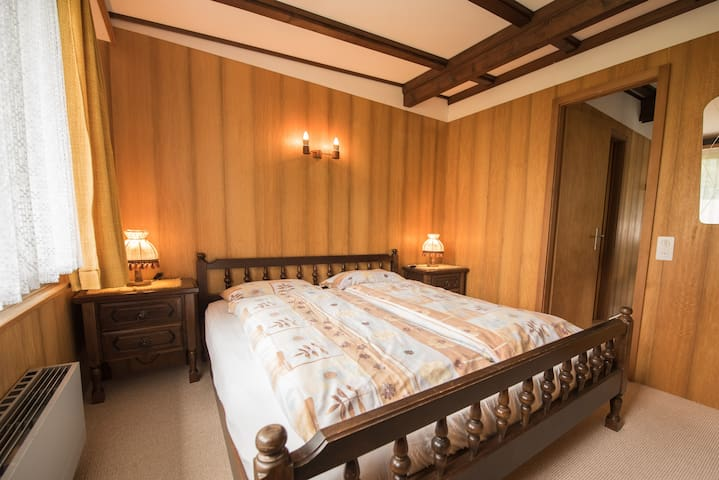 Enjoy a good night sleep with fresh mountain air in a  spacious double bed