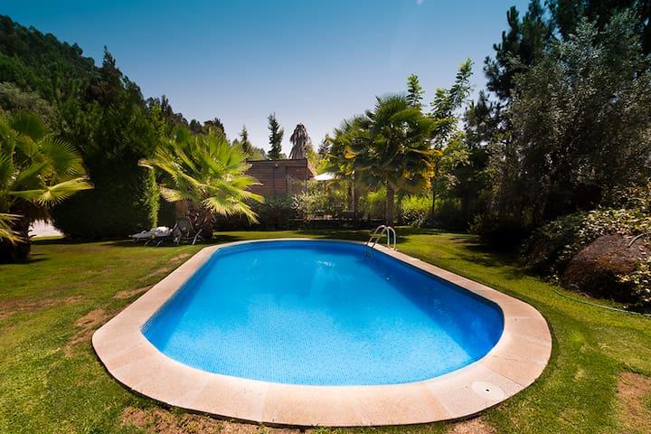 Casa da Ameixa - turismo rural Guimarães - Vizela - Hus