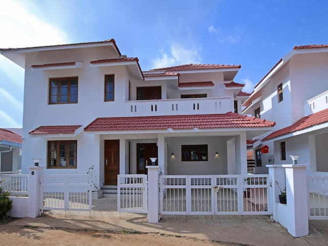 Elite 1BR Home, Ooty(Prices Slashed!)