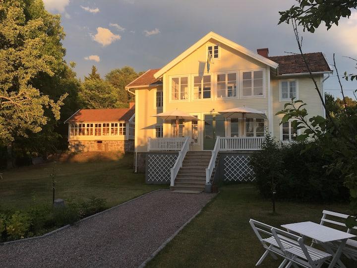 """Gamla Pensionatet""-  Historic Archipelago villa"
