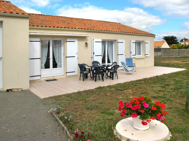 Holiday home in Bretignolles-sur-Mer for 7 persons