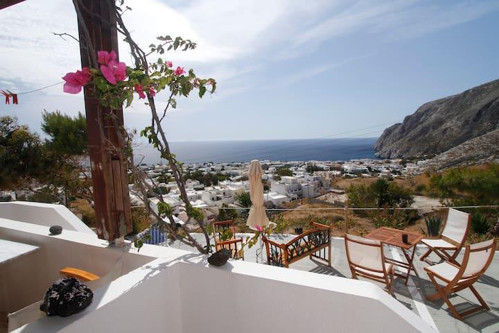 Panoramic View of the Sea-DoubleBed - Kamari - ที่พักพร้อมอาหารเช้า