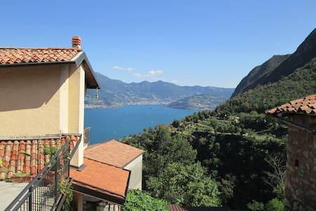 Holiday house on Iseo Lake - Xino - Fonteno