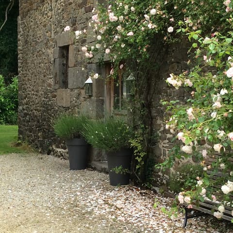 La Binellerie Garden Gite - Miniac Morvan - Daire