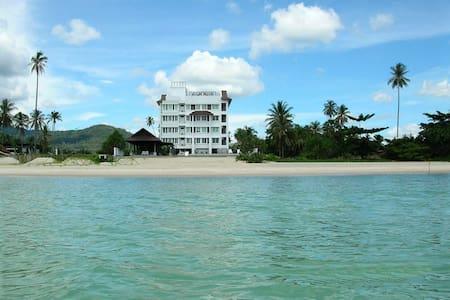 Khanom Beachfront Apartment #101