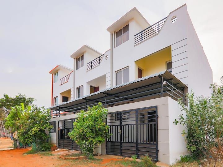 OYO - Best Deal! Deluxe 2BHK Duplex in Pondicherry