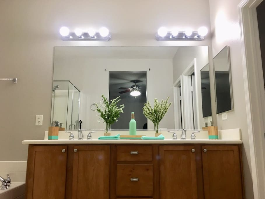 Master restroom