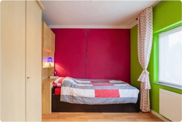 Huize Hens - Kleine kamer