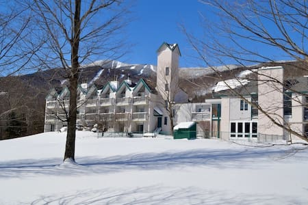 Cute 1BR @ Sugarbush Mt Ellen Ski on/Walk off