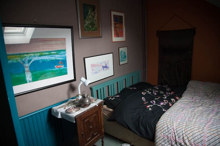 Bedroom number 2.