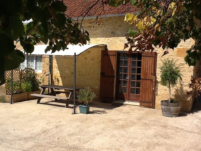 Lovely house in Daglan, near Sarlat, Dordogne