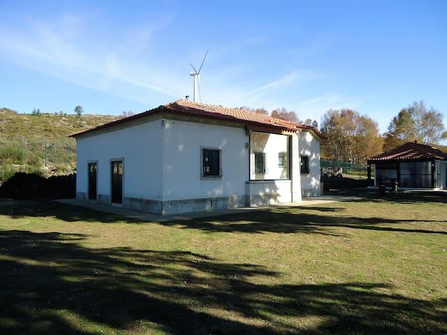 CASA DE MONTANHA  PARQUE GEOLOGICO - Arouca
