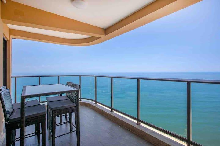 双月湾180度超一线正海海景公寓&双卧大床&楼下就是沙滩无边际游泳池