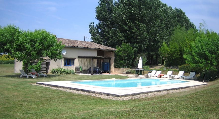 Private Home with view and pool - Saint-Pierre-sur-Dropt - Talo