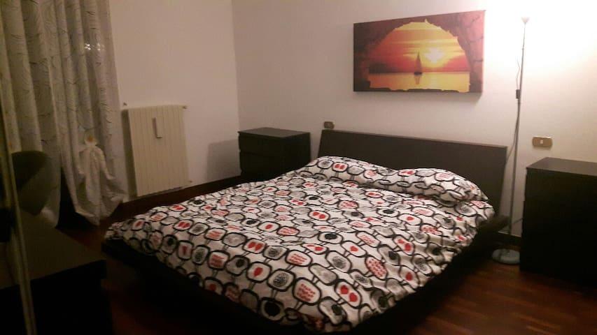 VILLA TULIPANI, double room, Rho fiera