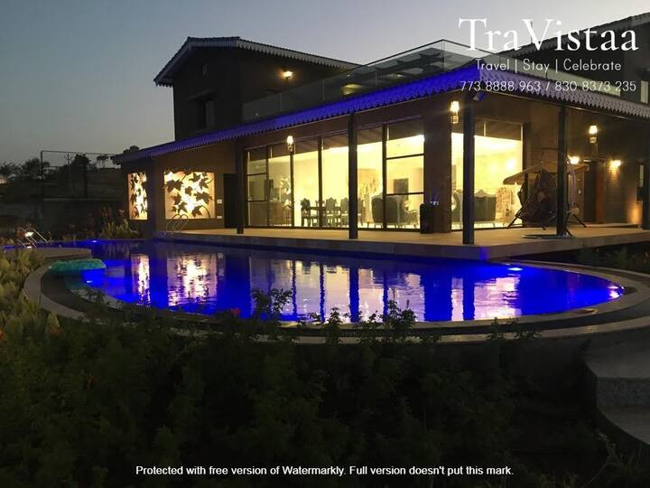 TraVistaa - Divine Luxe Villa with Serene Pool