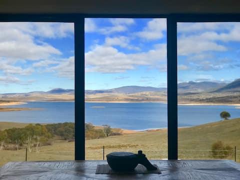Lake Jindabyne Estate - Kookaburra Chalet