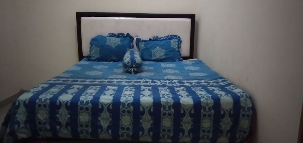 Laksmi Guest House. It is homy and friendly